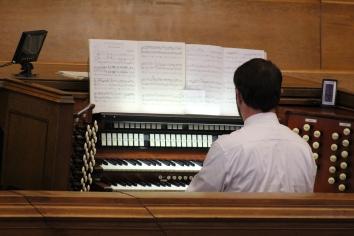 Edmund Connolly at the organ